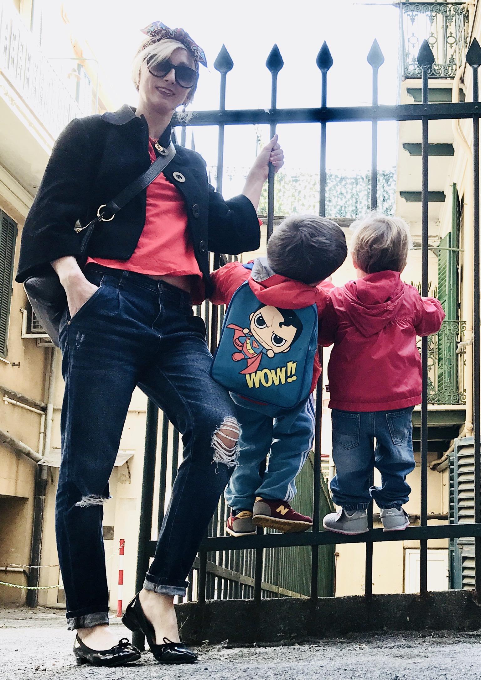 L'ambivalenza dell'essere madre: figlio mio, vai per la tua strada. No. Stai con me.
